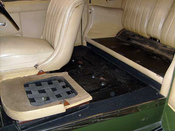 auto restoration projects bentleys ferraris jaguars. Black Bedroom Furniture Sets. Home Design Ideas